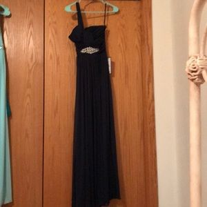 NWT long baby prom dress size 3